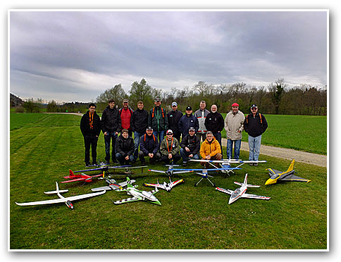 Gruppenfoto_Fruehlingsfliegen2012